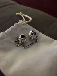 silver-colored skull pendant New Tecumseth, L9R 1A8