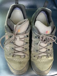 Mens garmont gore-tex hiking shoes size 11.5..... Woodstock, 22664