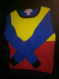 Abmit one small sweater Los Angeles, 90002