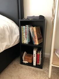 Black nightstand bookshelf cube Mc Lean, 22102