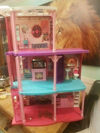Barbie play house Surrey, V3V 6G3