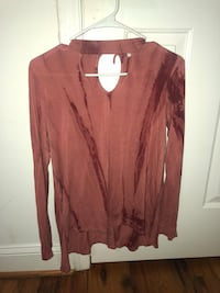 Red and pink long sleeve shirt size small  Heflin, 36264