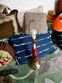 Table lamp, works fine, no shade Burnaby, V5H 2Y7