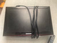 "Samsung 19"" tv with remote and extra long chord Las Vegas, 89148"