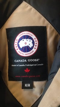 goose jacket used one season then moved out of country to caribean Toronto, M1R 1T3