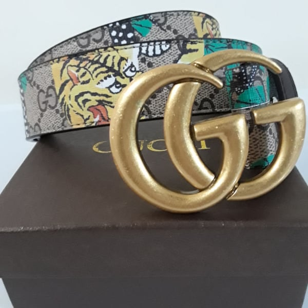 """Gucci Belt New with Dust Bag and Box.Size 28-36"""" I have a belt hole pu"""