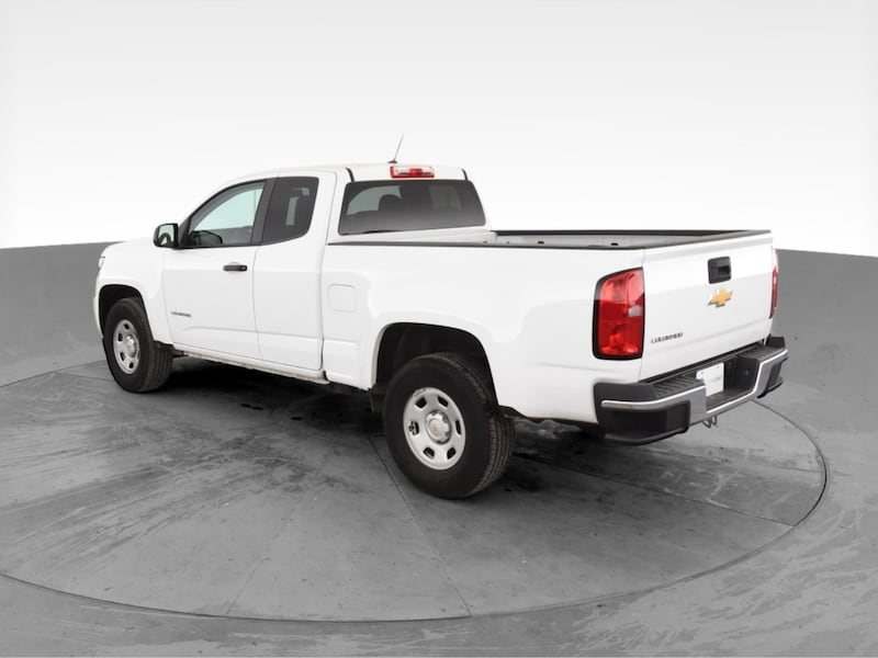 2018 Chevy Chevrolet Colorado Extended Cab pickup Work Truck Pickup 2D 18ccbe70-a11c-477d-8176-a44046d0aec1