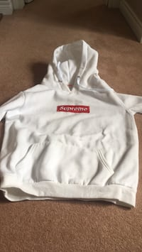 White and red supreme pullover hoodie Hamilton, L8B