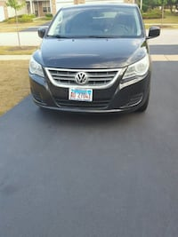 (5 days only)Volkswagen - Routan - 2010 Plainfield, 60585