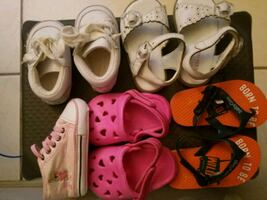Lot baby shoes