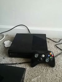 black Xbox 360 console with controller Alexandria, 22306