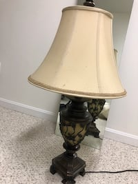 Havertys Scroll base Lamp Columbia, 21044