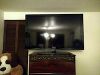 Samsung tv (60 inches) London, N6K
