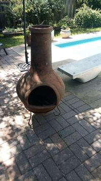 Clay Outdoor Fireplace with stand Aurora, L4G 4T4