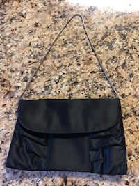 Black clutch Reston