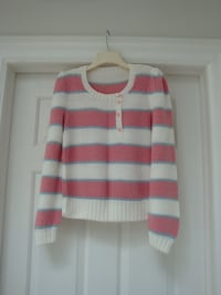 Woman sweaters  Newmarket