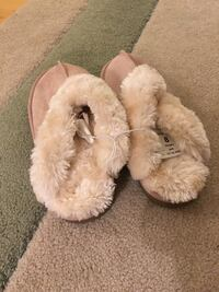 fuzzy slippers shoes pink winter women's size 8 for winter  Fairfax, 22033