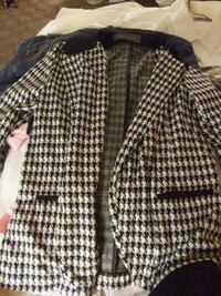 black and white houndstooth coat Edmonton, T5N