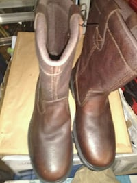 Mens 10.5 steel toe work boots. Houma, 70360