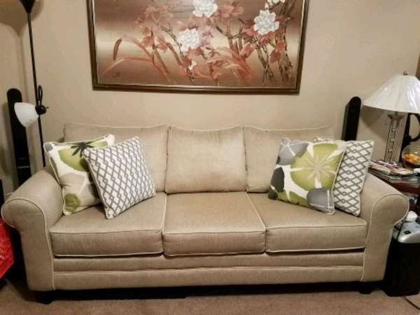 Used Cindy Crawford Rooms To Go Bellingham Sofa For Sale In Plano