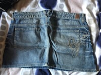 Women jean skirt guess size 31 Laval, H7S 1Y3