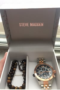 Rose gold Steve madden watch Lakeshore, N0R 1A0
