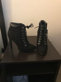 pair of black suede chunky heeled boots Upper Marlboro, 20774