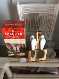 Sabatier Cheese knive set new reduced price Barrie, L4M 0H3