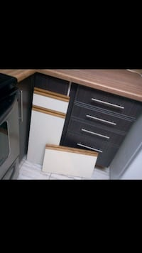 Kitchen Refacing Mississauga, L4Z 1W3