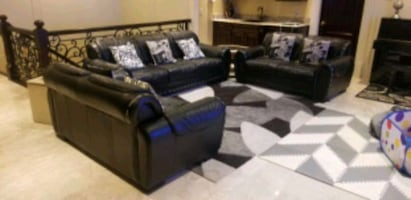 Black Leather Sofa Set with Main Table and 2 Side tables