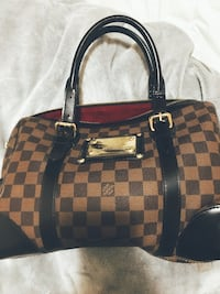 Handbag New  Mississauga, L5M 4E1