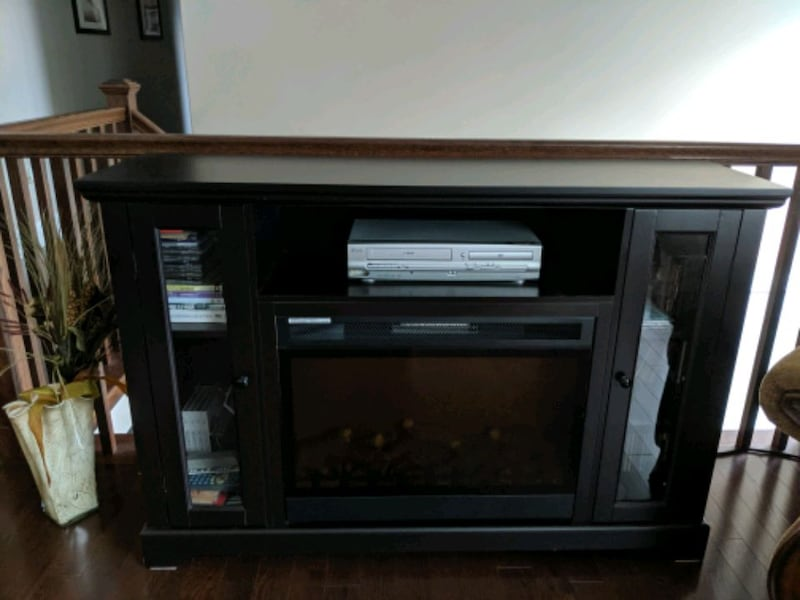 Kingswood Media Electric Fireplace edfff7a5-6ceb-440c-acc6-74cfe2936831
