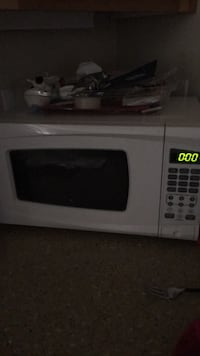white and black microwave oven Seattle, 98106
