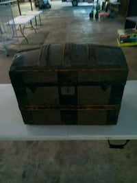 black and brown wooden chest box Panama City, 32401