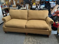 Traditional sofa/couch Kent, 98042
