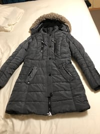 Ladies winter jacket size M Calgary, T3J 5G8