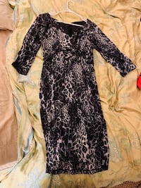 Gray cheetah 3/4 sleeve dress