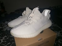 350 Yeezy boost triple white size 10 San Jose, 95123