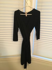 Black wrap dress- Banana Republic size S Toronto, M6R 1M1