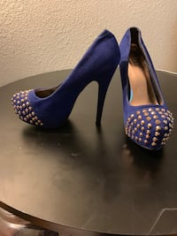 Blue studded heels size 7 (zoom out) Los Angeles, 91405