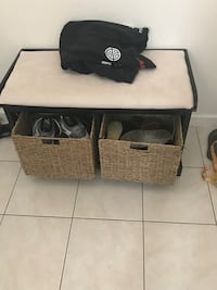Entry way bench with two storage baskets San Diego, 92110