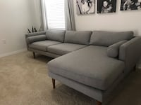 West Elm sectional.LikeNew! excellent condition! Not being used . Pinellas Park, 33781