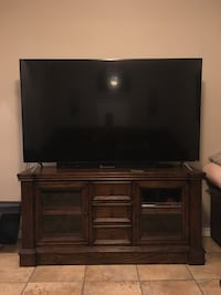 Entertainment Center only with Hutch! Similar to picture shown! 2yrs old no scratches! Corpus Christi, 78414