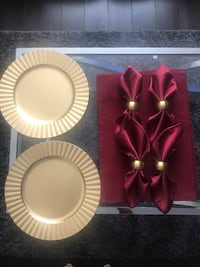 4 decor plates, placemats, napkins. Flower arrangement, decor bowl Fort Washington, 20744