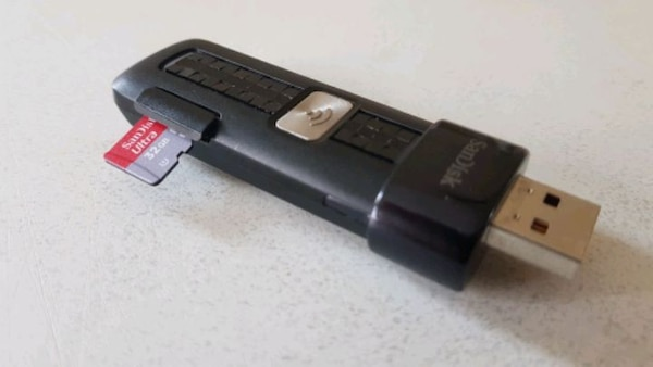 SANDISK WIRELESS USB FLASH DRIVE MODEL:SDWS2  95564a64-12fe-4c74-bc38-42dddfb44b59