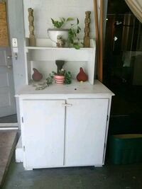 white wooden cabinet with mirror Bloomingdale, 31302