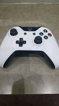 XBOX ONE Controller  Whitby, L1P