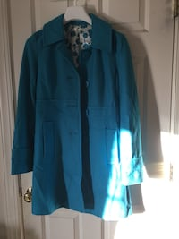 Blue button-up long-sleeved Middle long wool coat size M in excellent condition for sale Mint Hill, 28227