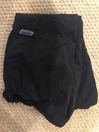 Children's place, navy blue snow pants. Size 10/12 Ashburn, 20148