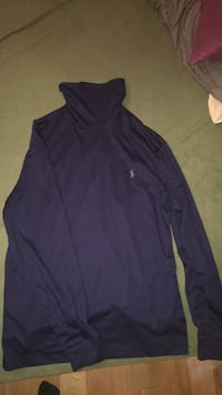 (Looking for trades) Polo Ralph Lauren turtle neck Navy blue Maple Ridge, V2W 1E5